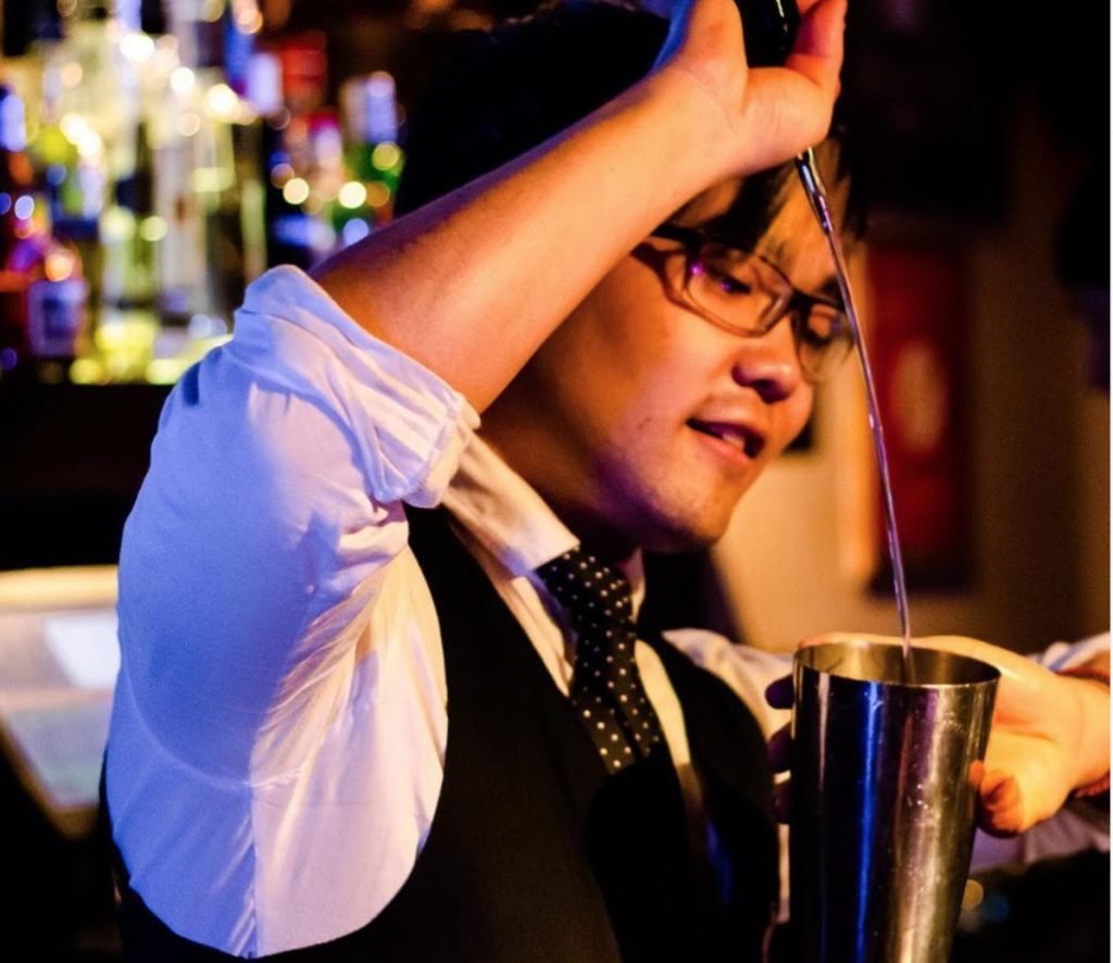 Brukbar buenos aires bar palermo local bar bartender trago drink cocktails